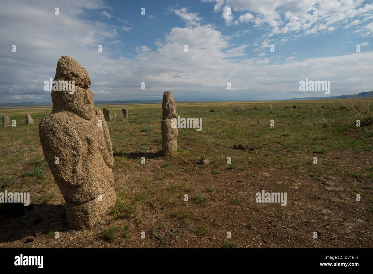 ongot-grave-neolithic-grave-in-tuul-rive