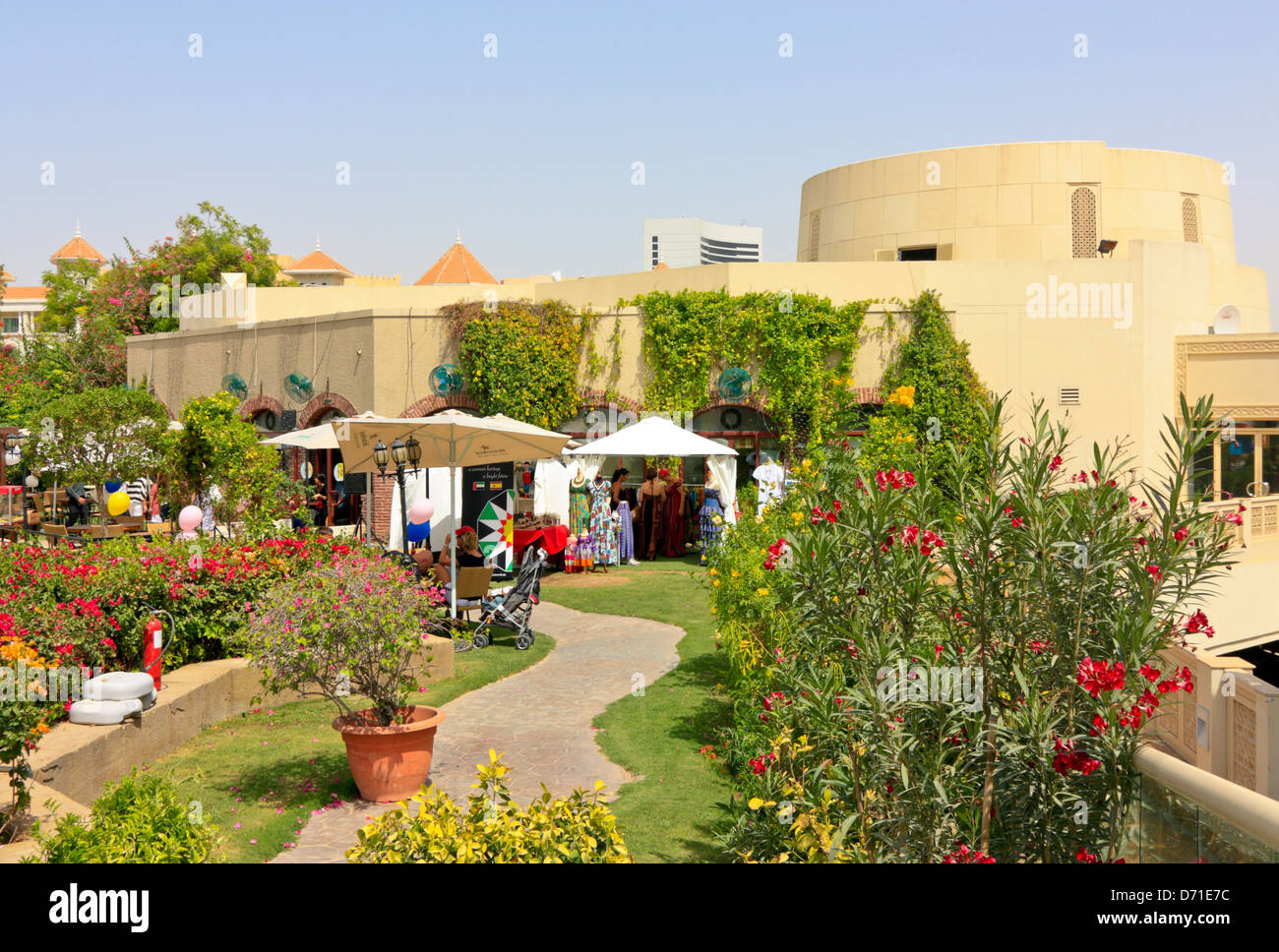 Roof Top Garden With Open Air Restaurants And Cafe At The Wafi Stock Photo Alamy
