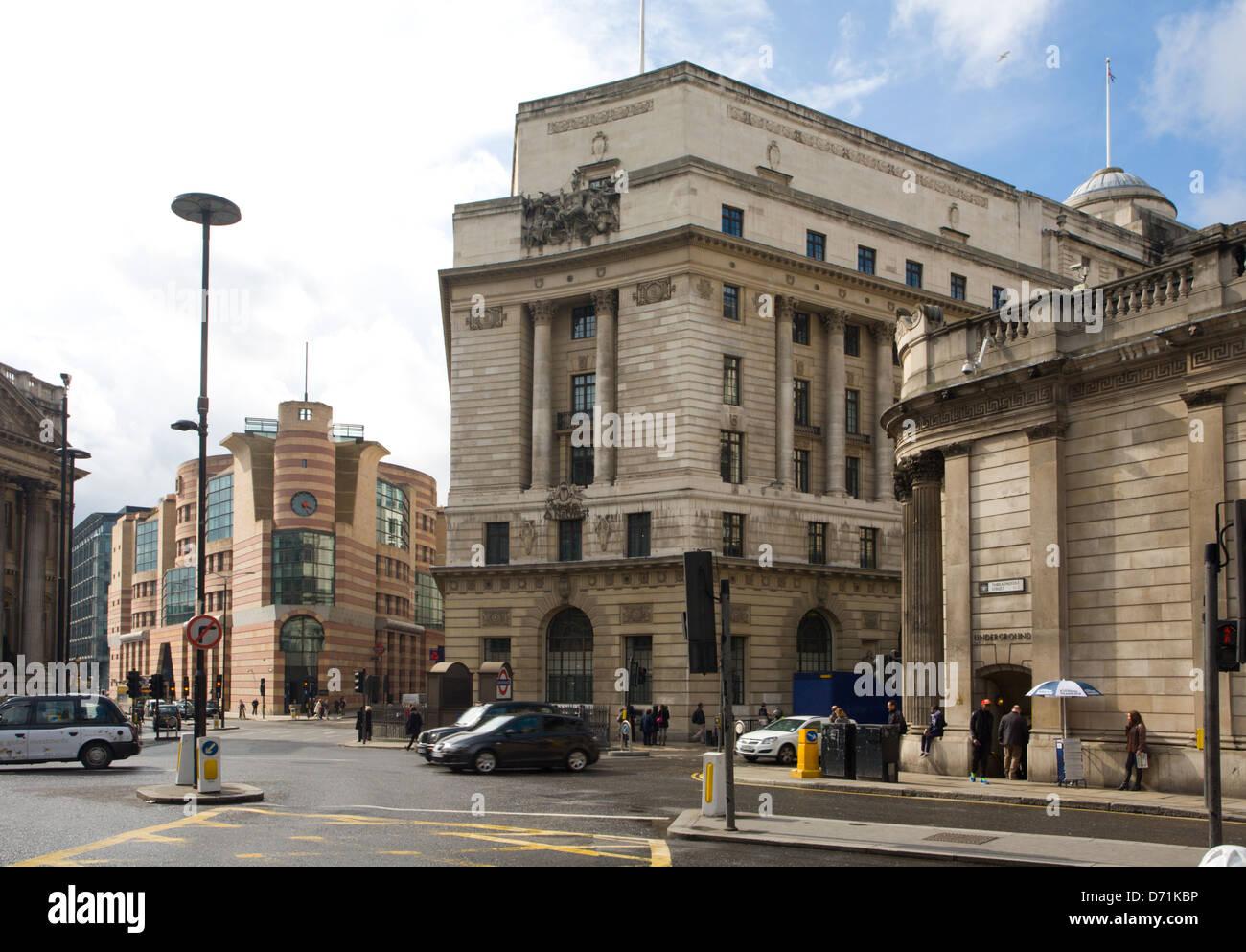 Threadneedle Street, Princes street and Bank underground station - Stock Image