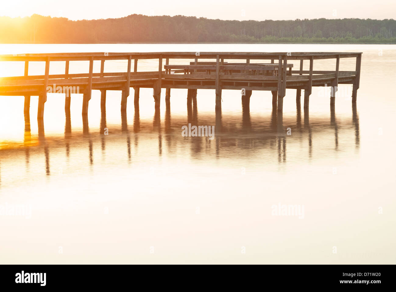 Hot afternoon on Pickthorne Lake, Cabot, AR - Stock Image