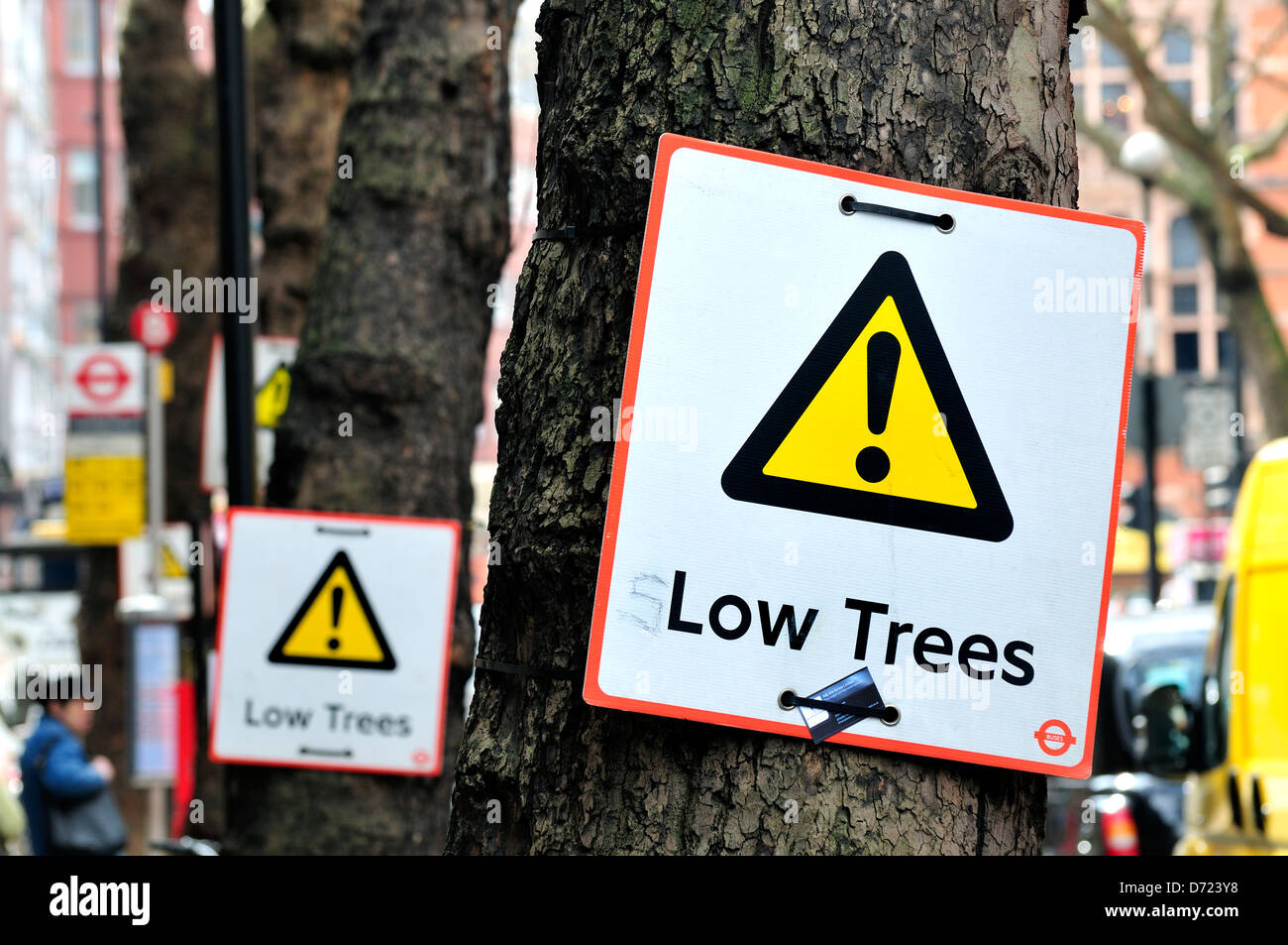 London, England, UK. 'Low Trees' sign - defaced to say 'slow' - Stock Image