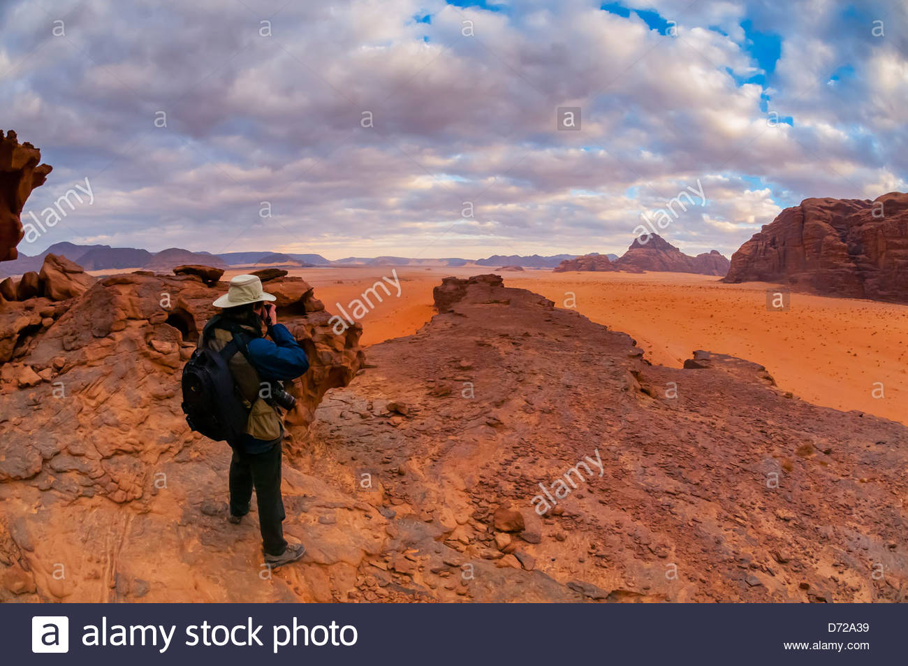 Image of: Camel Ride Travelers Enjoy Panoramic View Of The Arabian Desert At Wadi Rum Jordan Alamy Travelers Enjoy Panoramic View Of The Arabian Desert At Wadi Rum