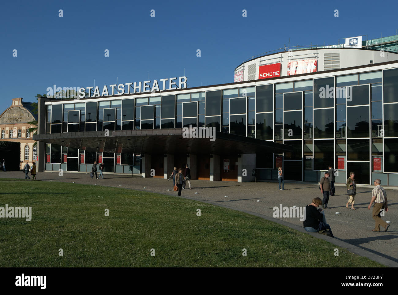 kassel germany the state theatre in the center of kassel stock photo 55986671 alamy. Black Bedroom Furniture Sets. Home Design Ideas