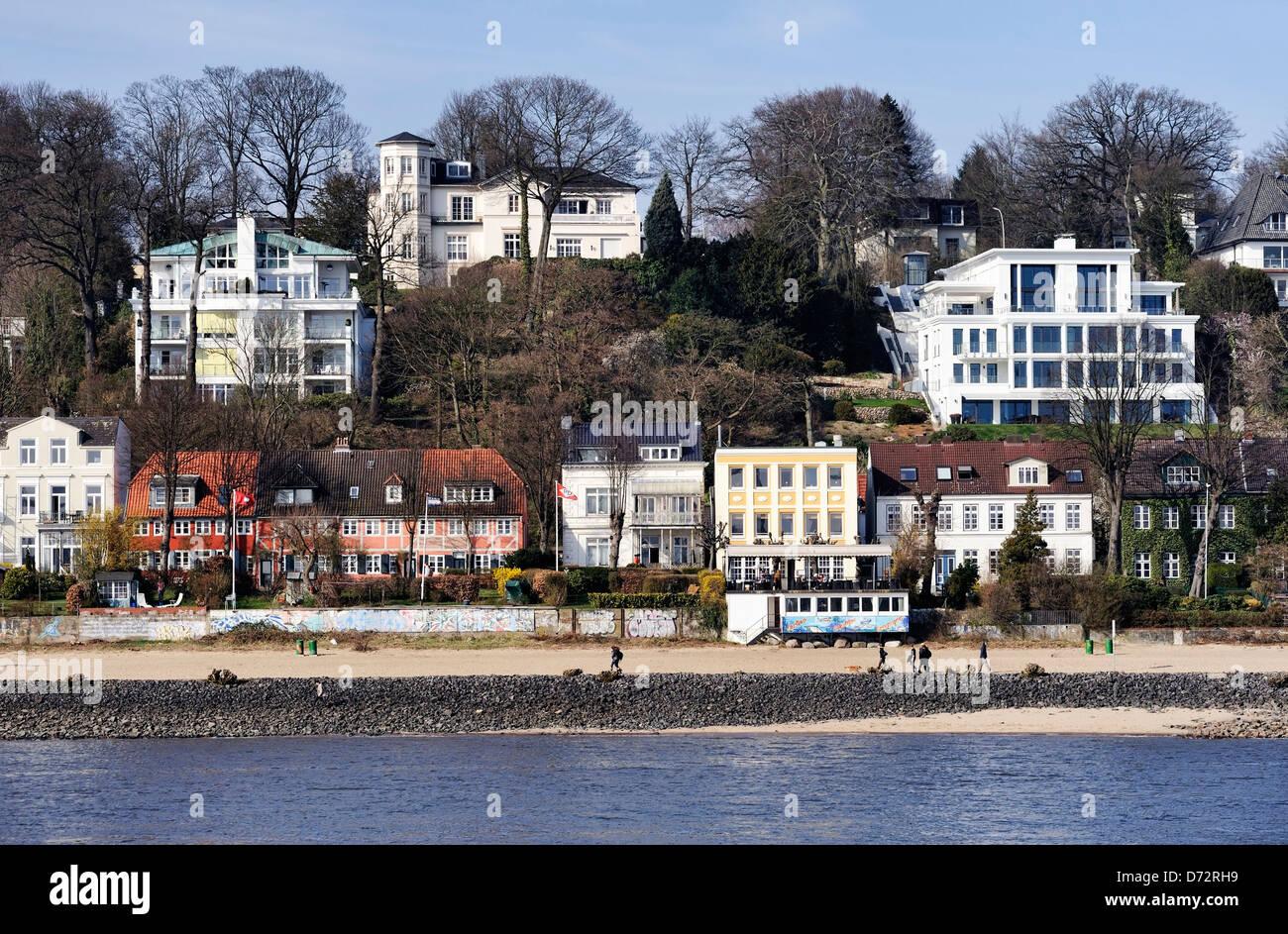 Elbufer in Övelgönne, Othmarschen, Hamburg, Germany, Europe - Stock Image