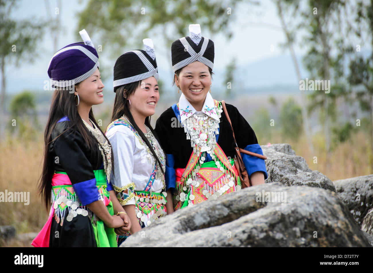 Essence. life of hmong young adults apologise
