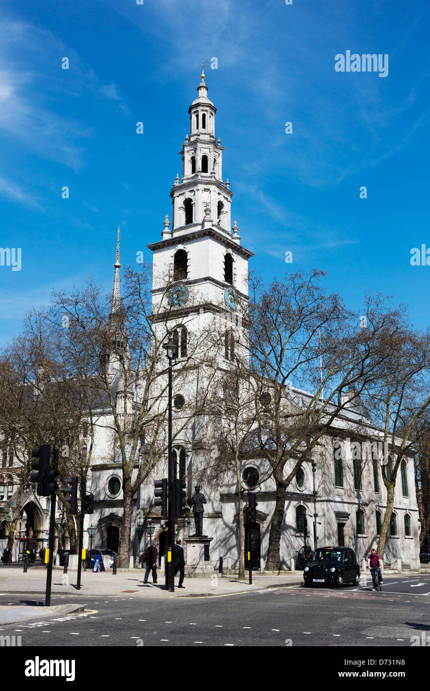 St Clement Danes Church, Strand, London - Stock Image