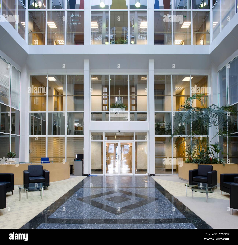 atrium eoffice Office building atrium Stock Photo: 56010189 - Alamy