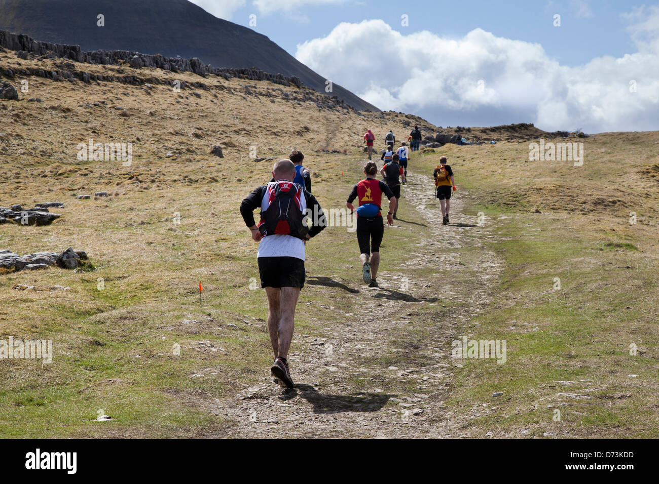Yorkshire Three Peaks Challenge Saturday 27th April, 2013. The 59th Annual 3 Peaks Race with 1000 fell runners starting - Stock Image