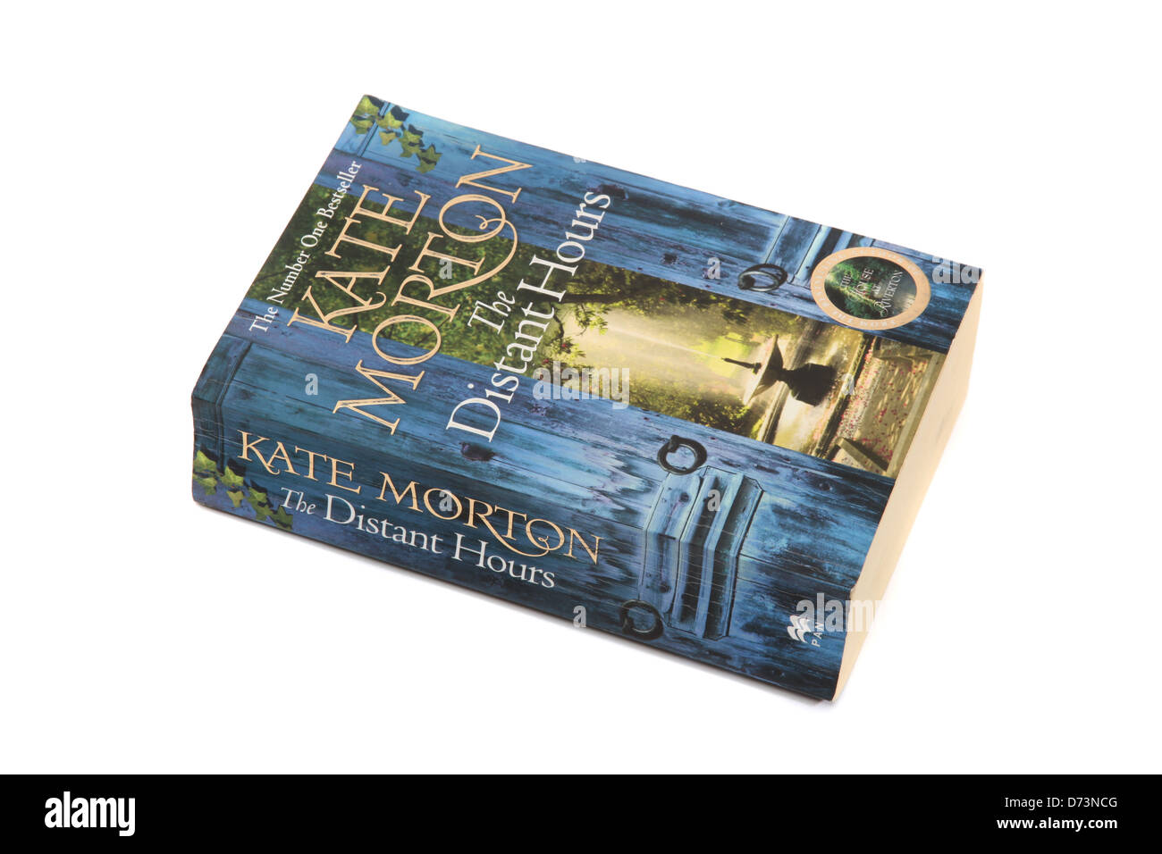 The novel - The Distant Hours by Kate Morton - Stock Image