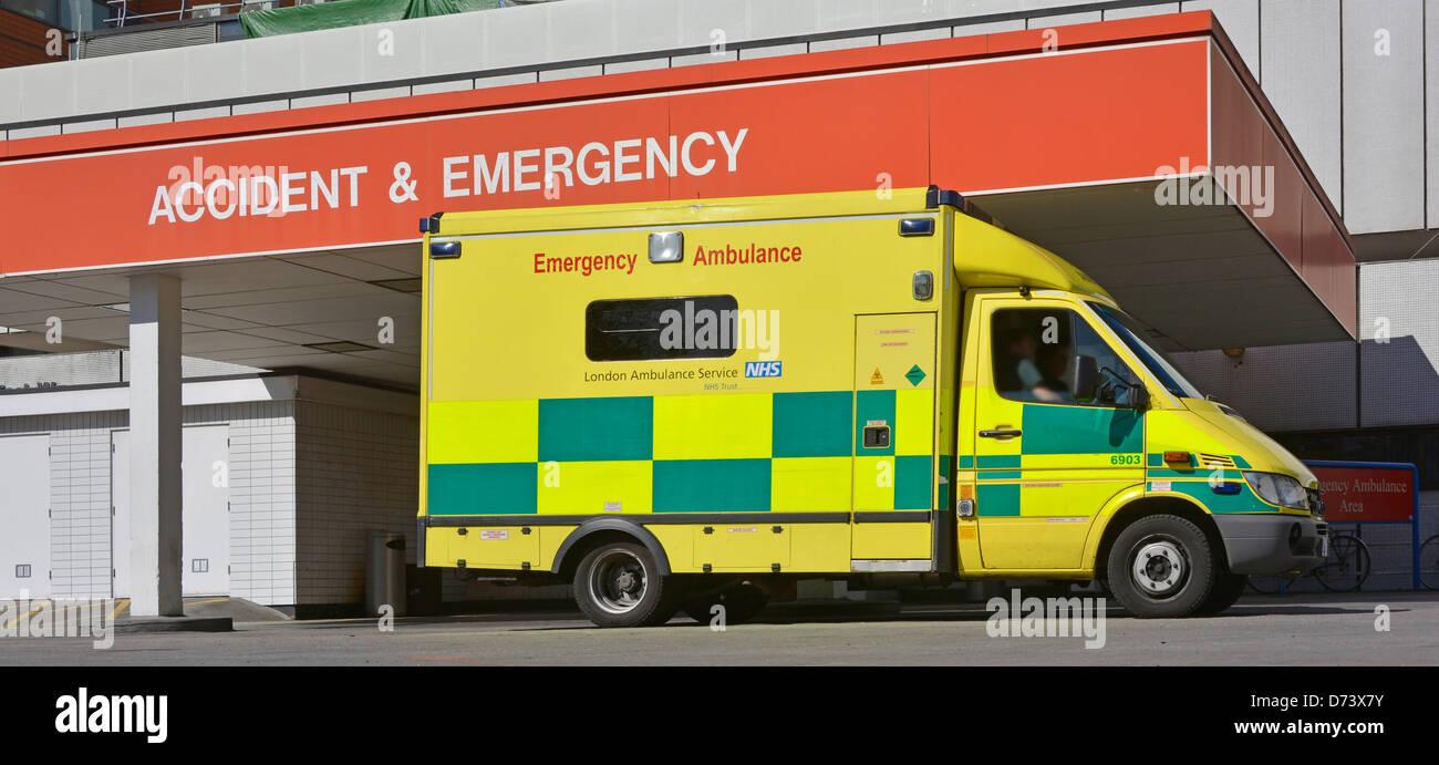 NHS emergency ambulance parked at National Health Service hospital Accident & Emergency entrance Lambeth London - Stock Image