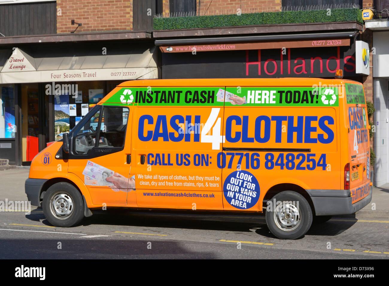 b118e17c12 Cash 4 Clothes Stock Photos   Cash 4 Clothes Stock Images - Alamy