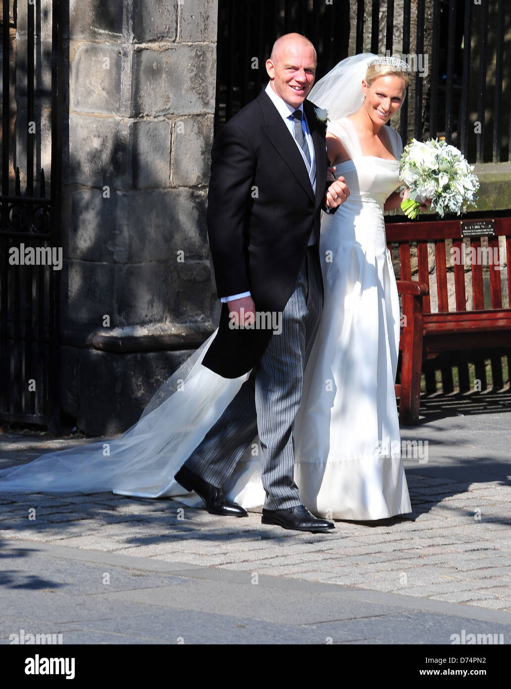 caea6188 Mike Tindall and Zara Phillips The wedding of Zara Phillips and Mike Tindall  at Canongate Kirk