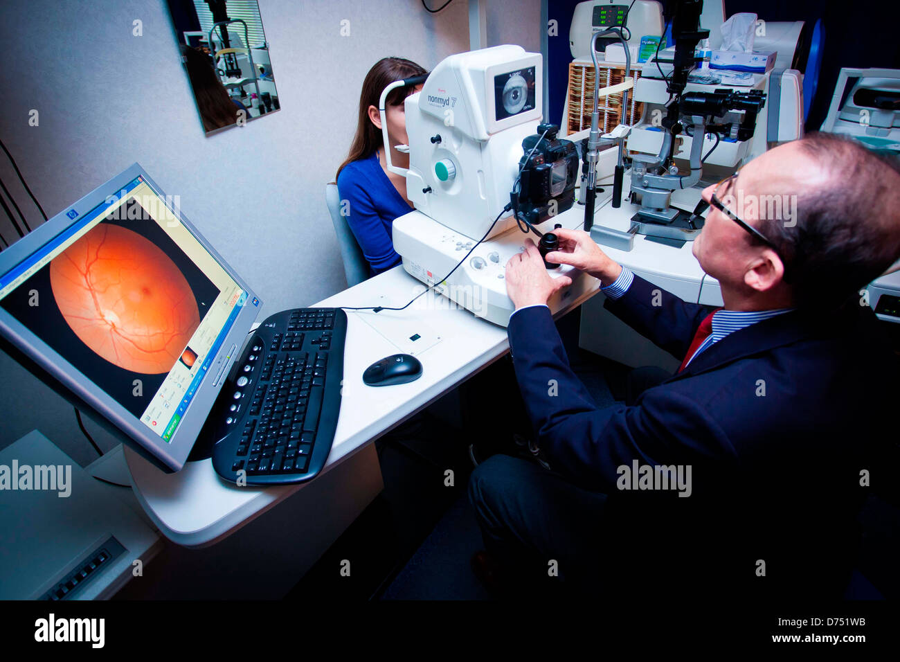 Detection and treatment of keratoconus. Analyses of the anterior segment of the eye in 3D - Stock Image