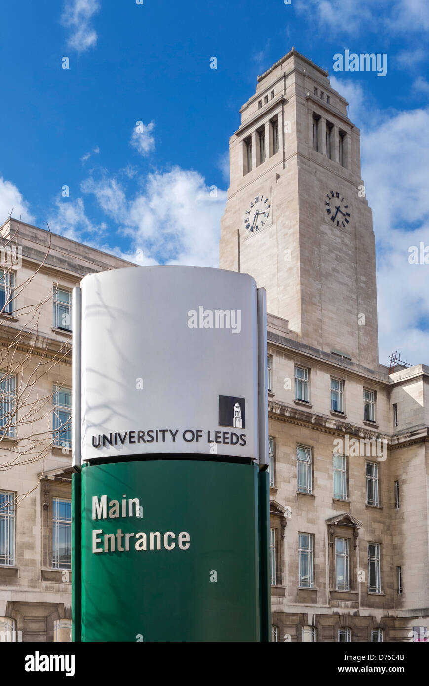 Sign outside the main entrance to the University of Leeds campus, Parkinson Building, Leeds, West Yorkshire, UK - Stock Image