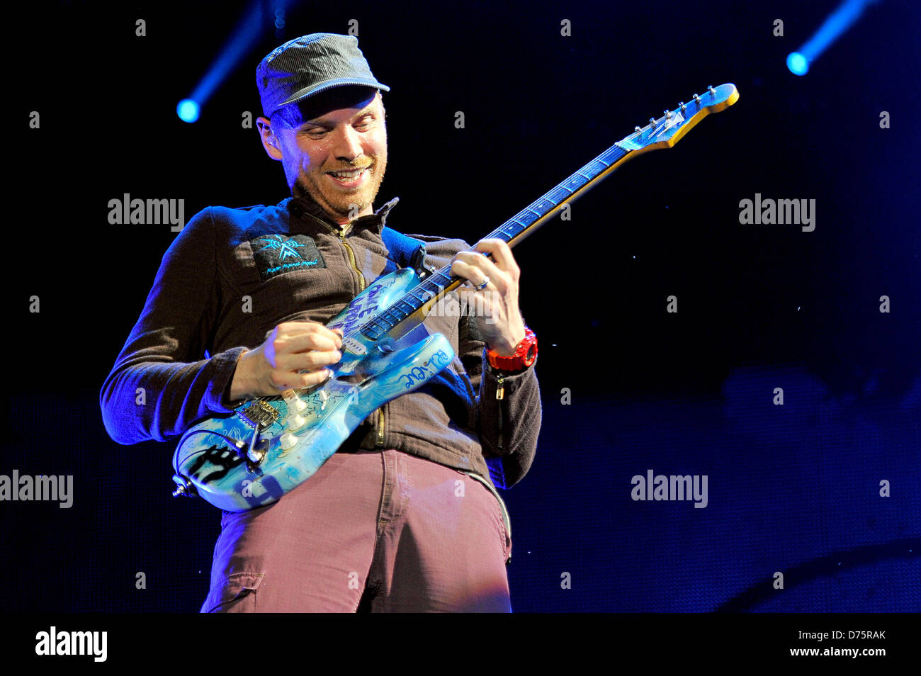Jonny Buckland of Coldplay Lollapalooza Music Festival 2011 - Performances - Day 1 Chicago, Illinois - 05.08.11 - Stock Image