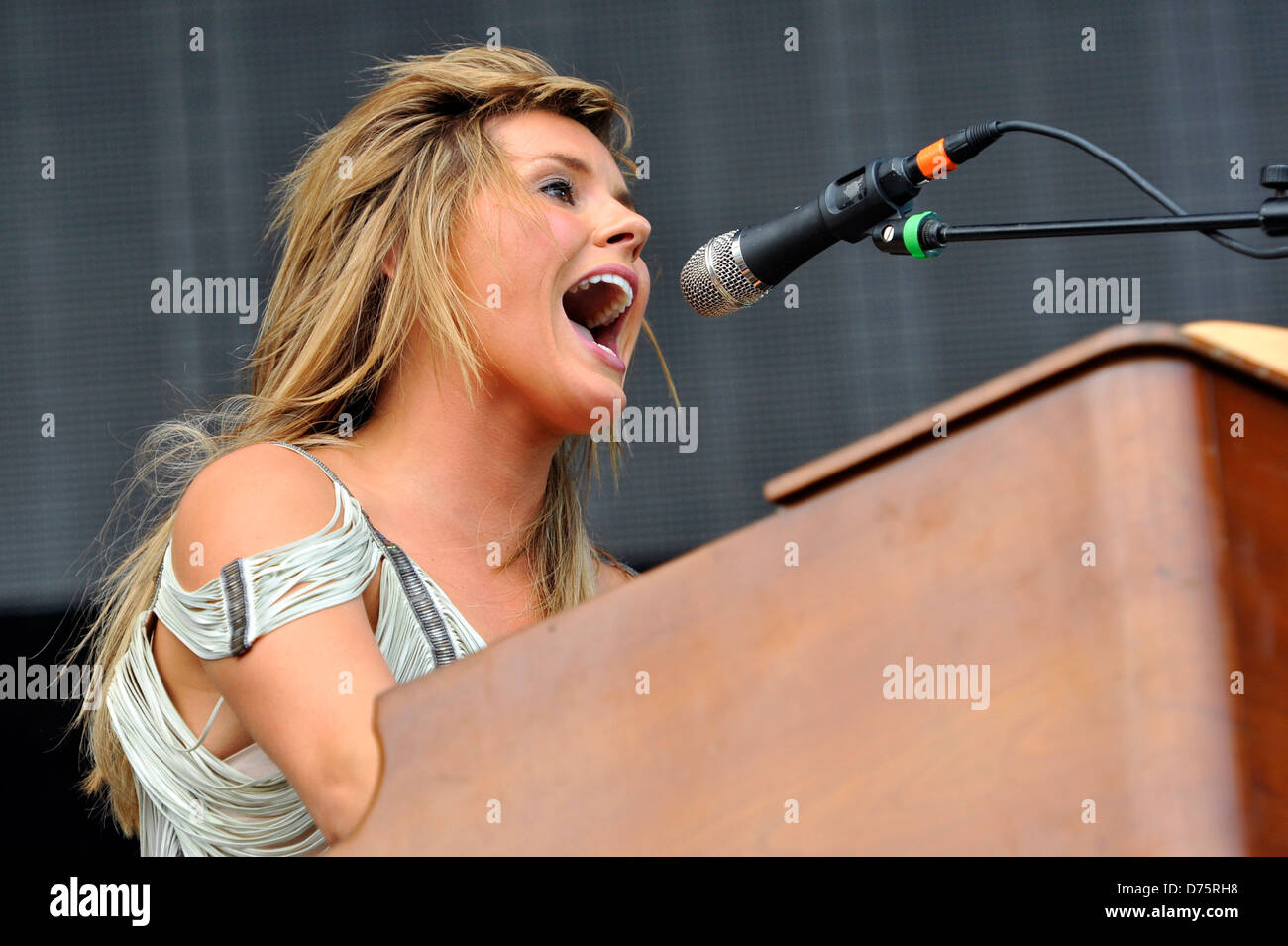 Grace Potter & The Nocturnals Lollapalooza Music Festival 2011 - Performances - Day 1 Chicago, Illinois - 05.08.11 Stock Photo