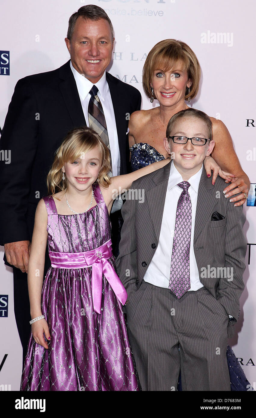 Kim Carpenter and Krickitt Carpenter and family 'The Vow ...