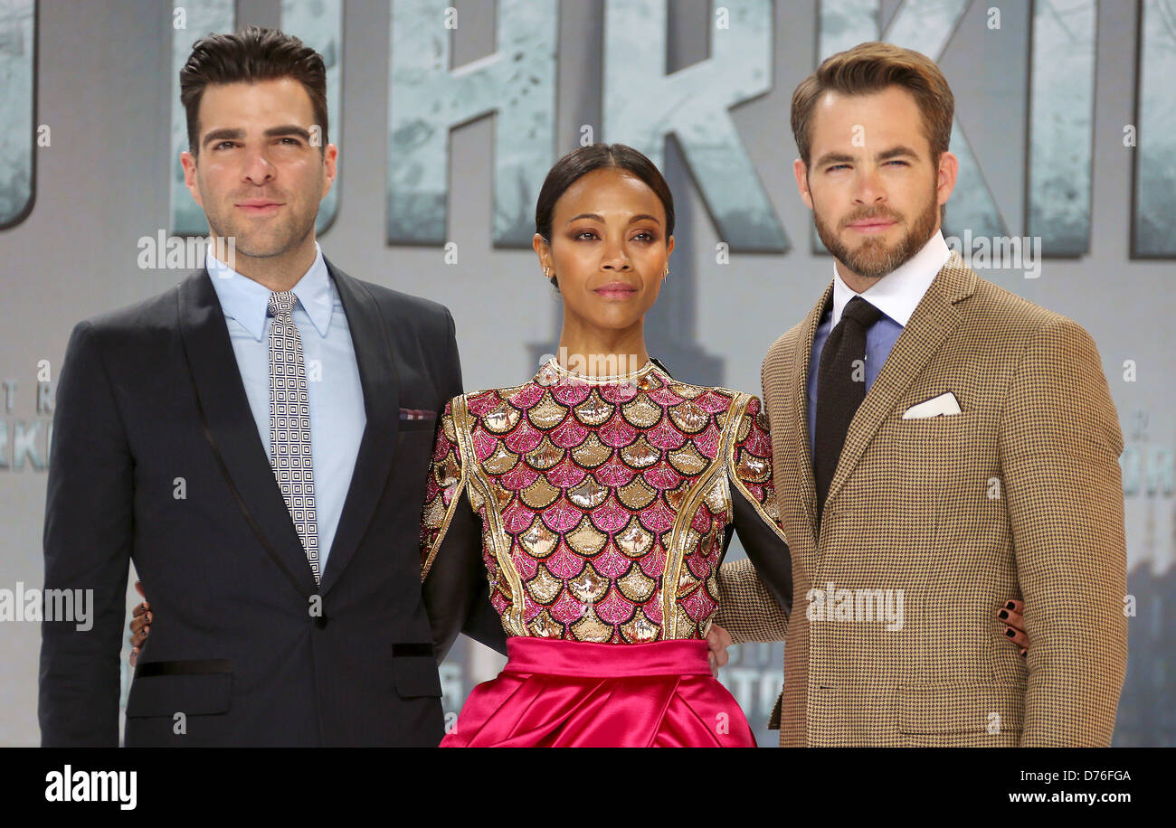 Berlin, Germany, 29 April 2013. Actors Zachary Quinto (L), Zoe Saldana and Chris Pine pose for the press prior to - Stock Image