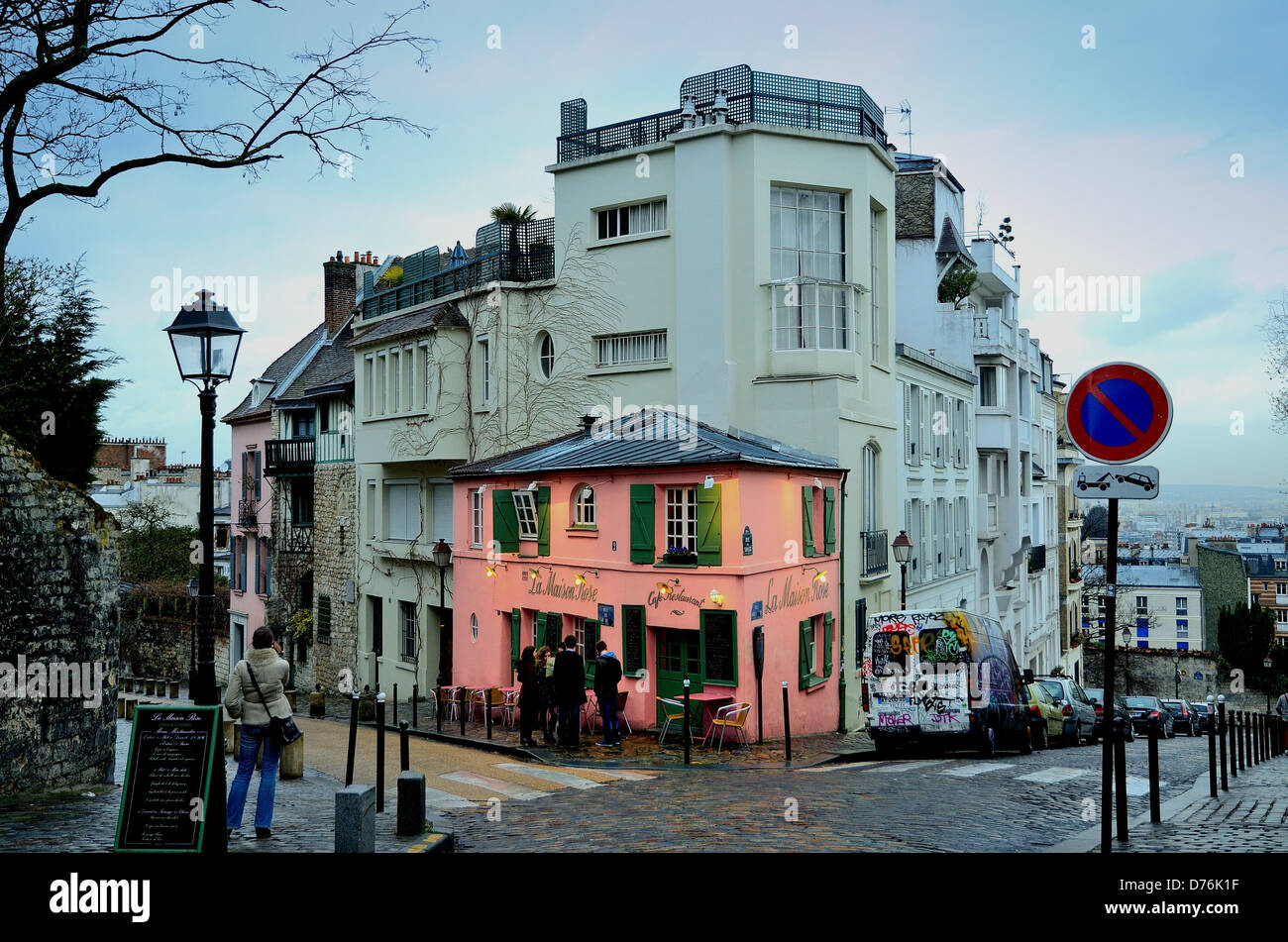 exterior of la maison rose restaurant montmartre paris stock photo 56080347 alamy. Black Bedroom Furniture Sets. Home Design Ideas