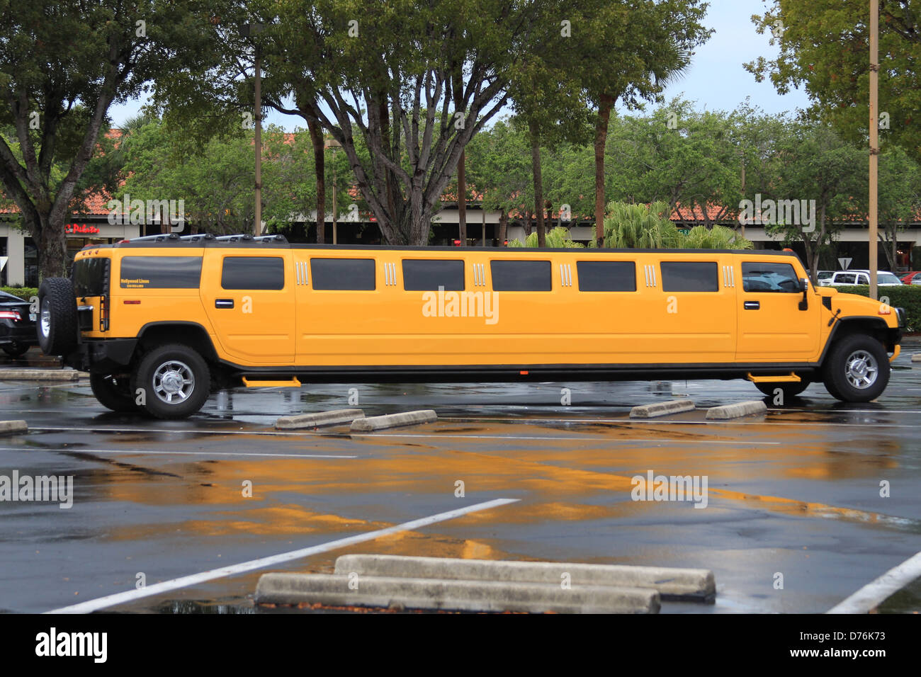 A Hummer limousine parked in a car park in Naples, Florida - Stock Image