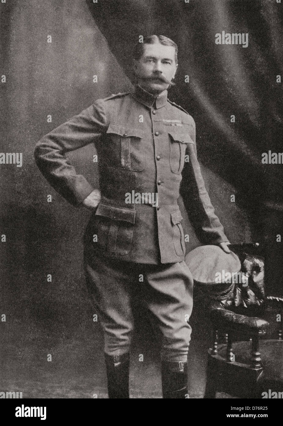 Lord Kitchener in South African Campaign uniform. - Stock Image