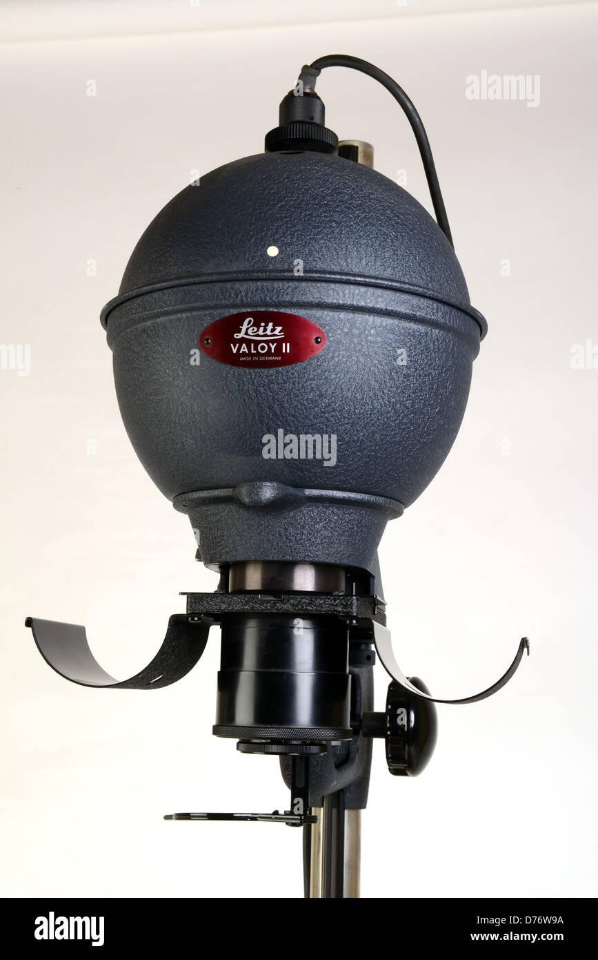 Leitz Valloy photographic enlarger Stock Photo: 56085270 - Alamy