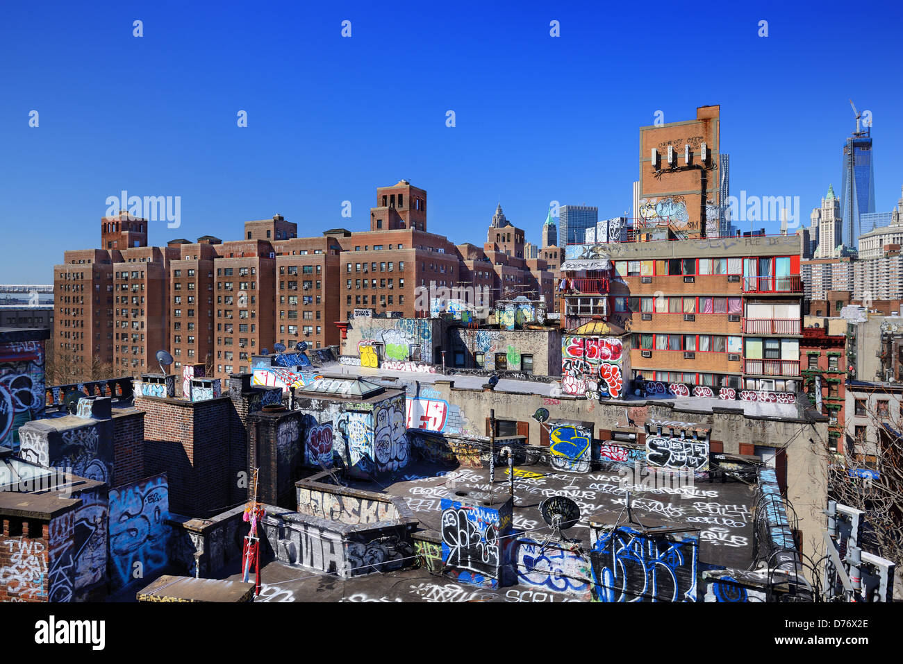 Gritty rooftops in the Lower East Side of Manhattan - Stock Image