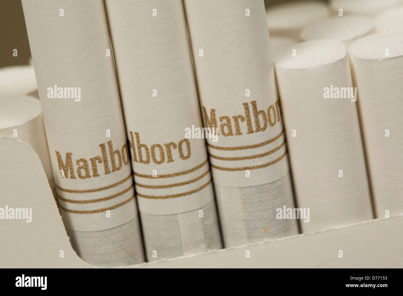 Box cigarettes Marlboro Liverpool