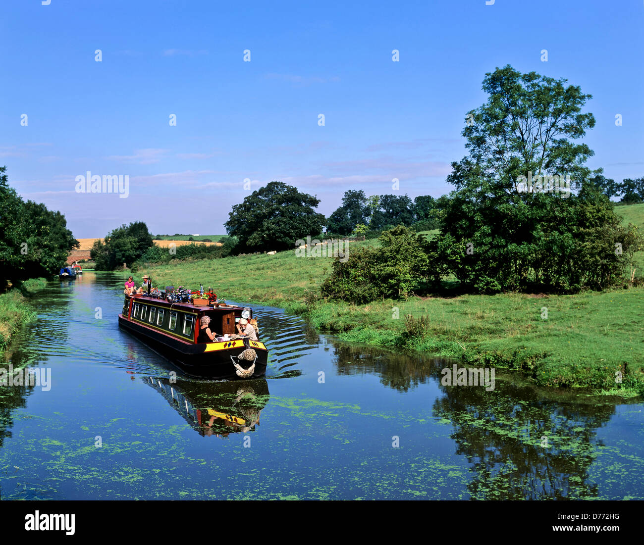 8680. Narrow boat on the Oxford canal, Warwickshire, England, UK, Europe - Stock Image