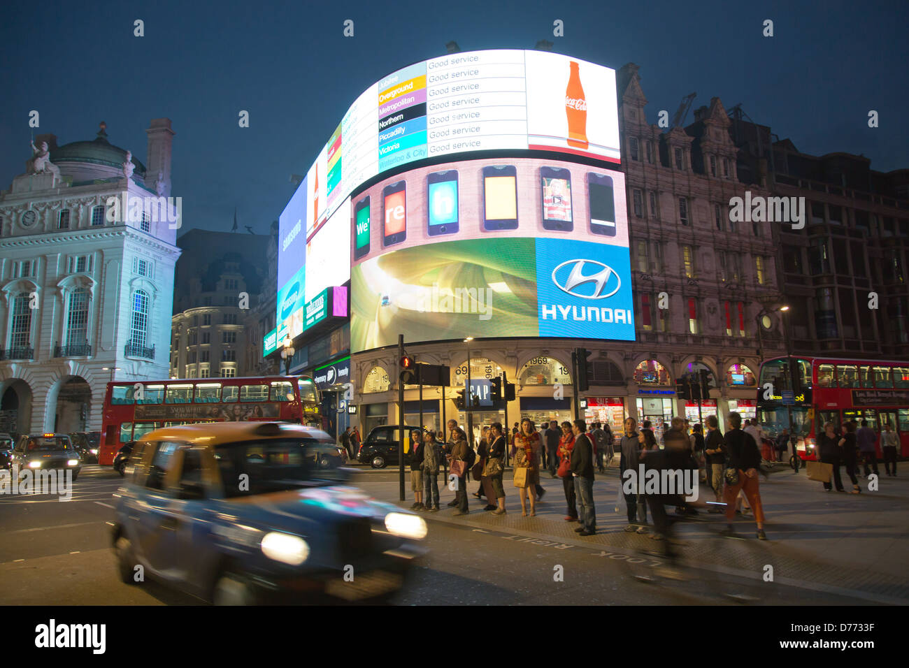 London, Great √ übritannien, neon signs at Piccadilly Circus - Stock Image