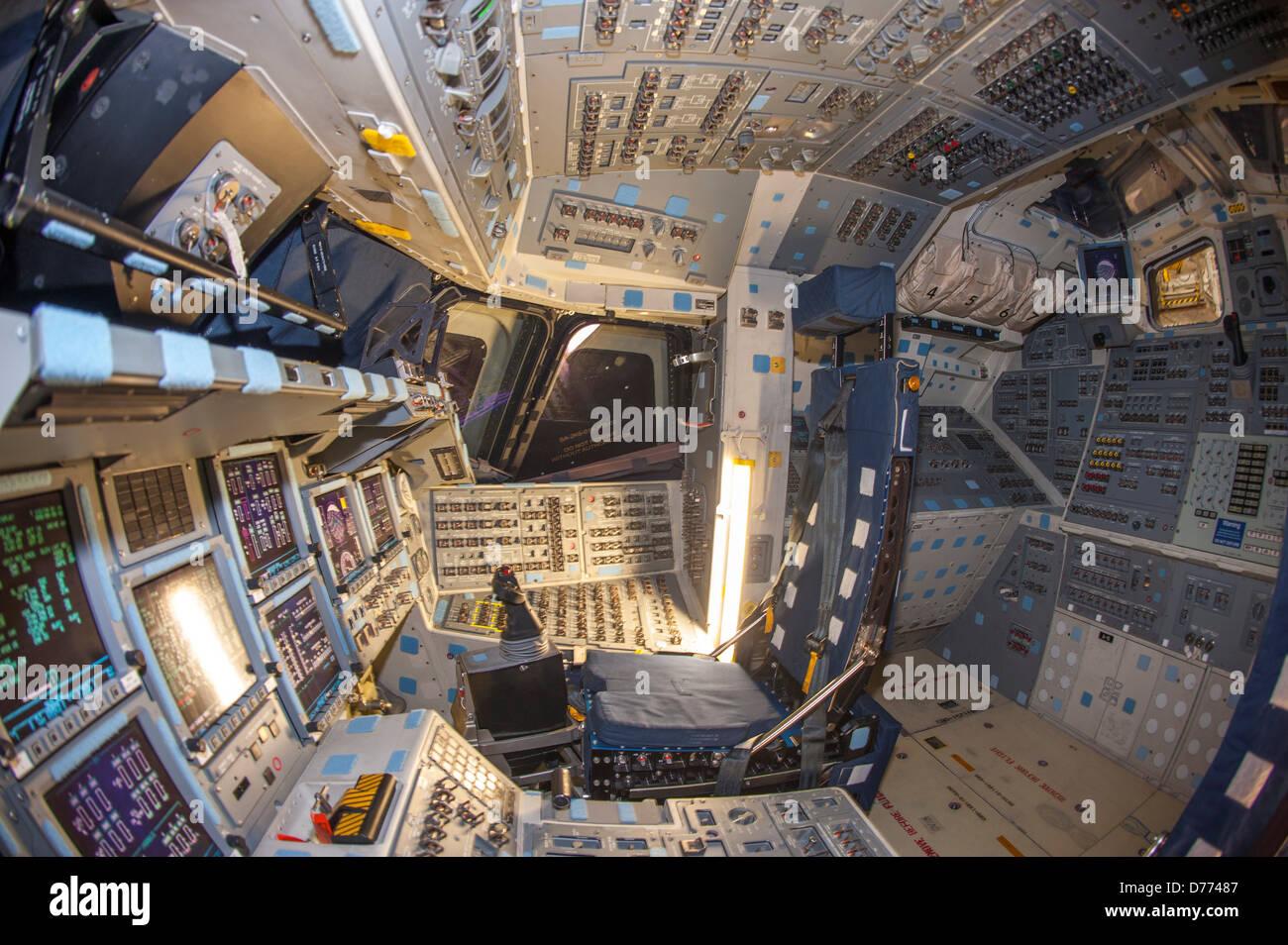 space shuttle cockpit bilder - photo #45