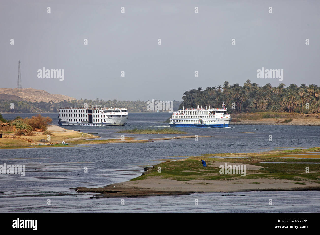 CRUISE LINERS RIVER NILE EGYPT 09 January 2013 - Stock Image