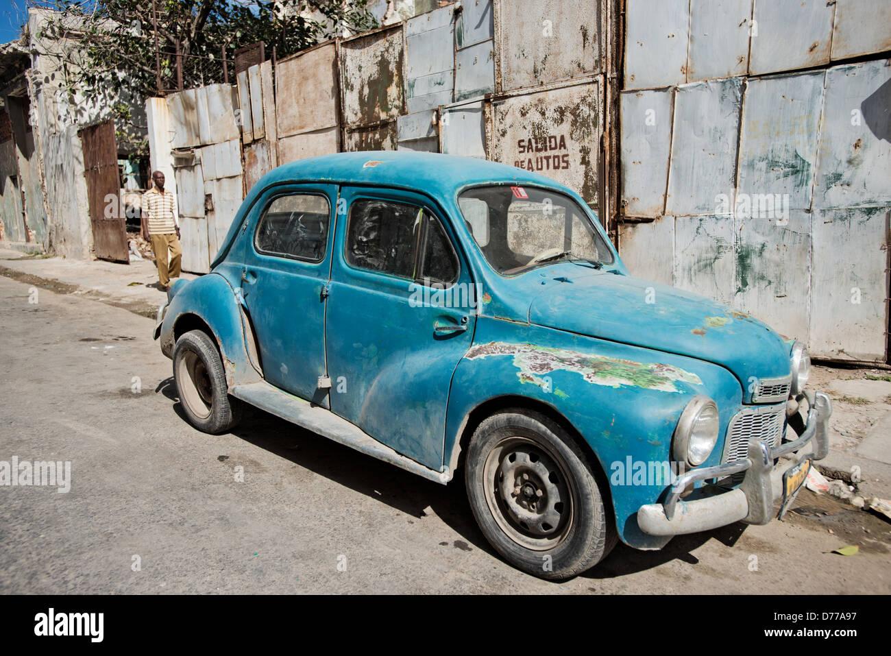 Havana, Cuba, an old american car in Havana Centro - Stock Image