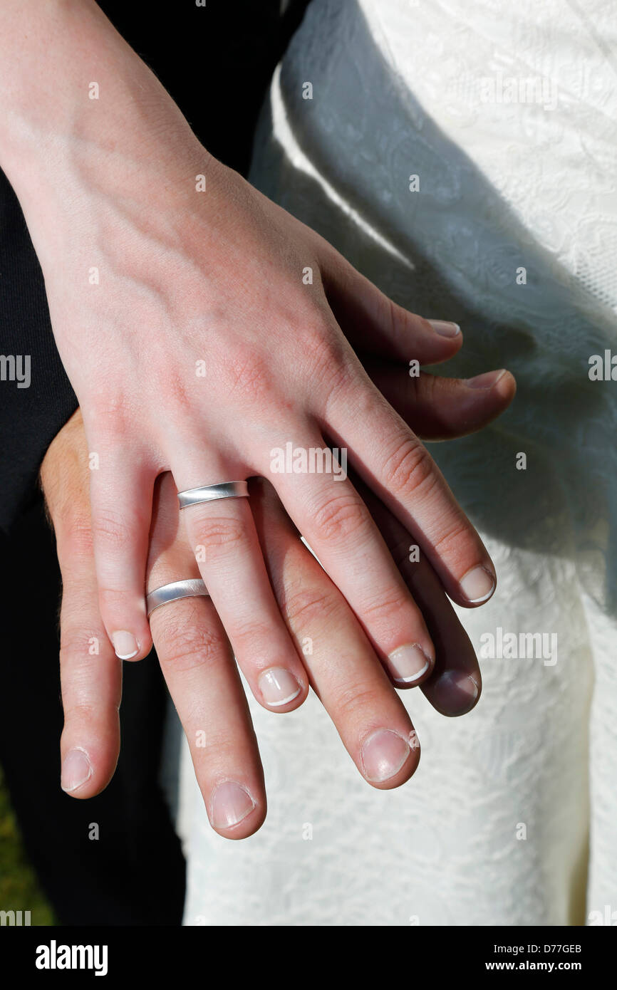 Photo Of Wedding Rings Stock Photos & Photo Of Wedding Rings Stock ...