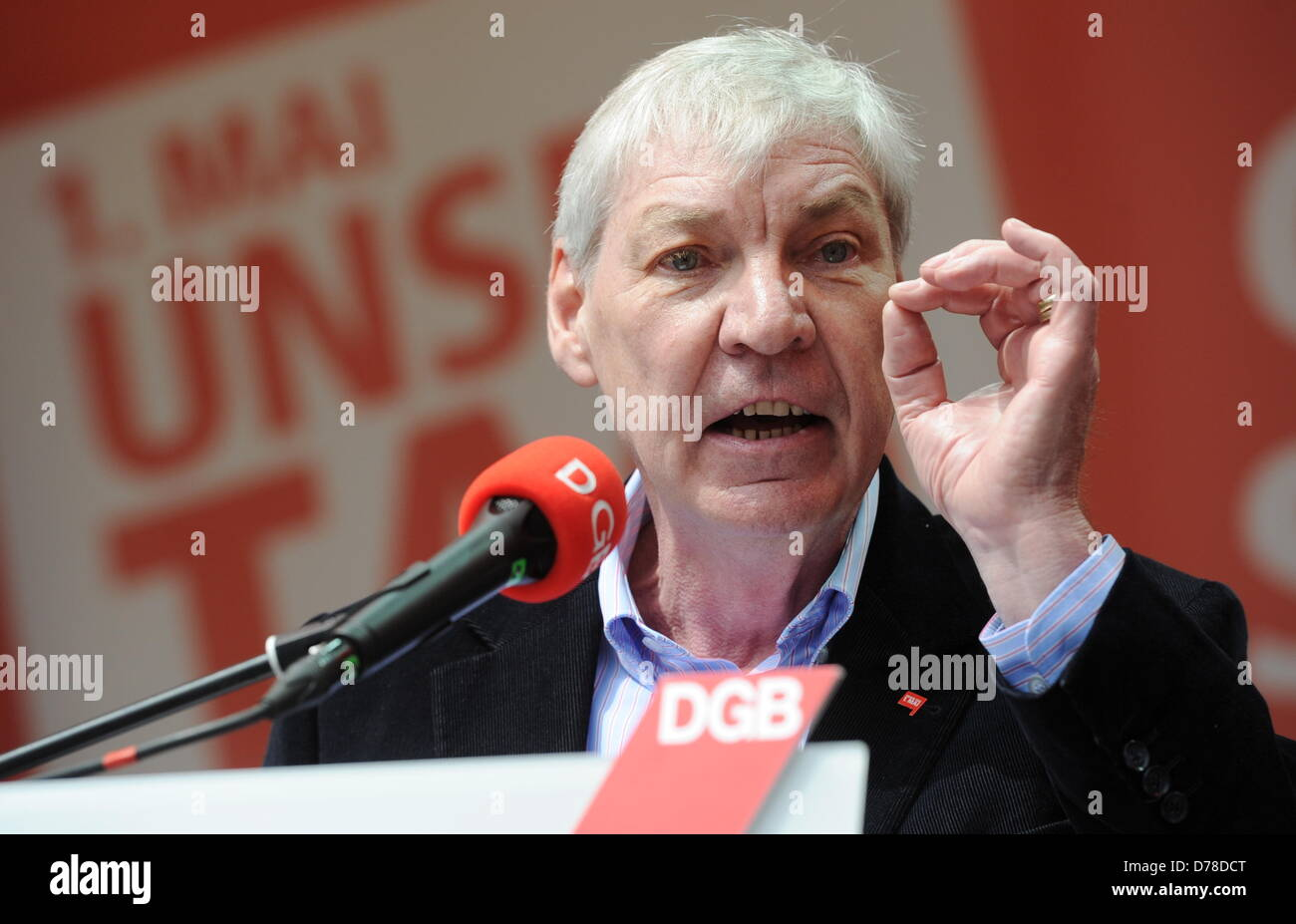 The DGB chairman Michael Sommer takes part in a union rally on Labour Day on Marienplatz in Munich, Germany, 01 - Stock Image