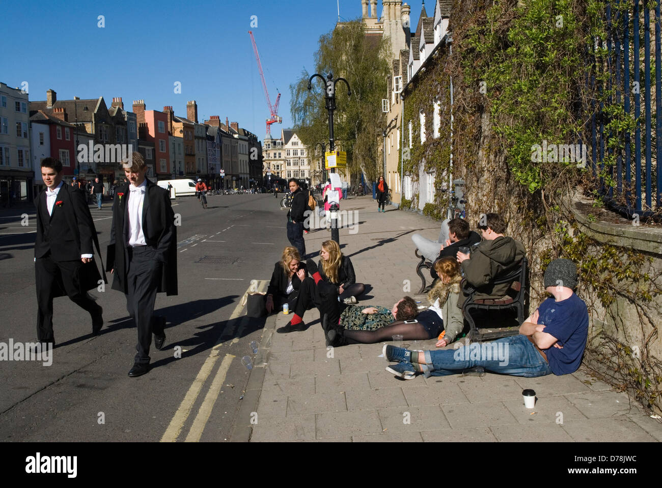 Oxford, UK. 1st May 2013.  Oxford University students May Day celebrations, the morning after the night before while - Stock Image