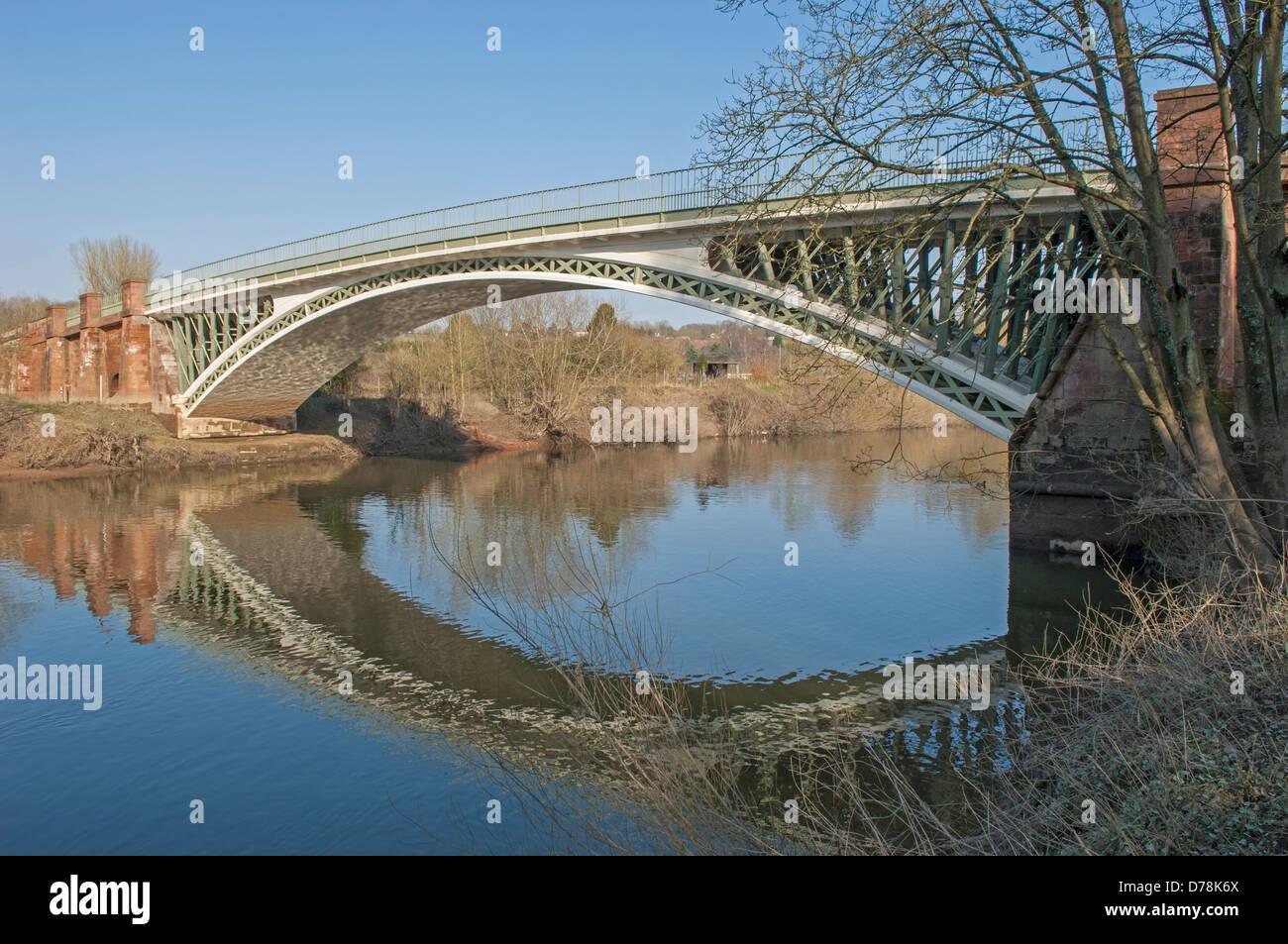 Holt Fleet Bridge over the River Severn at Holt Fleet in Worcestershire, England - Stock Image