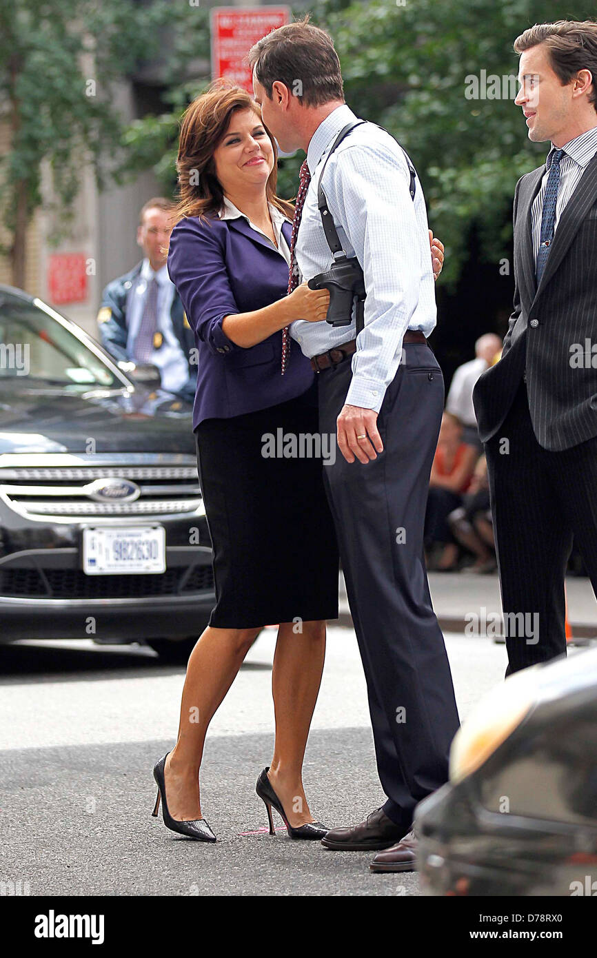 Tim Dekay High Resolution Stock Photography And Images Alamy Timothy robert dekay was born in ithaca, new york on june 12, 1963. https www alamy com stock photo tiffani thiessen tim dekay and matthew bomer filming on the set of 56128072 html