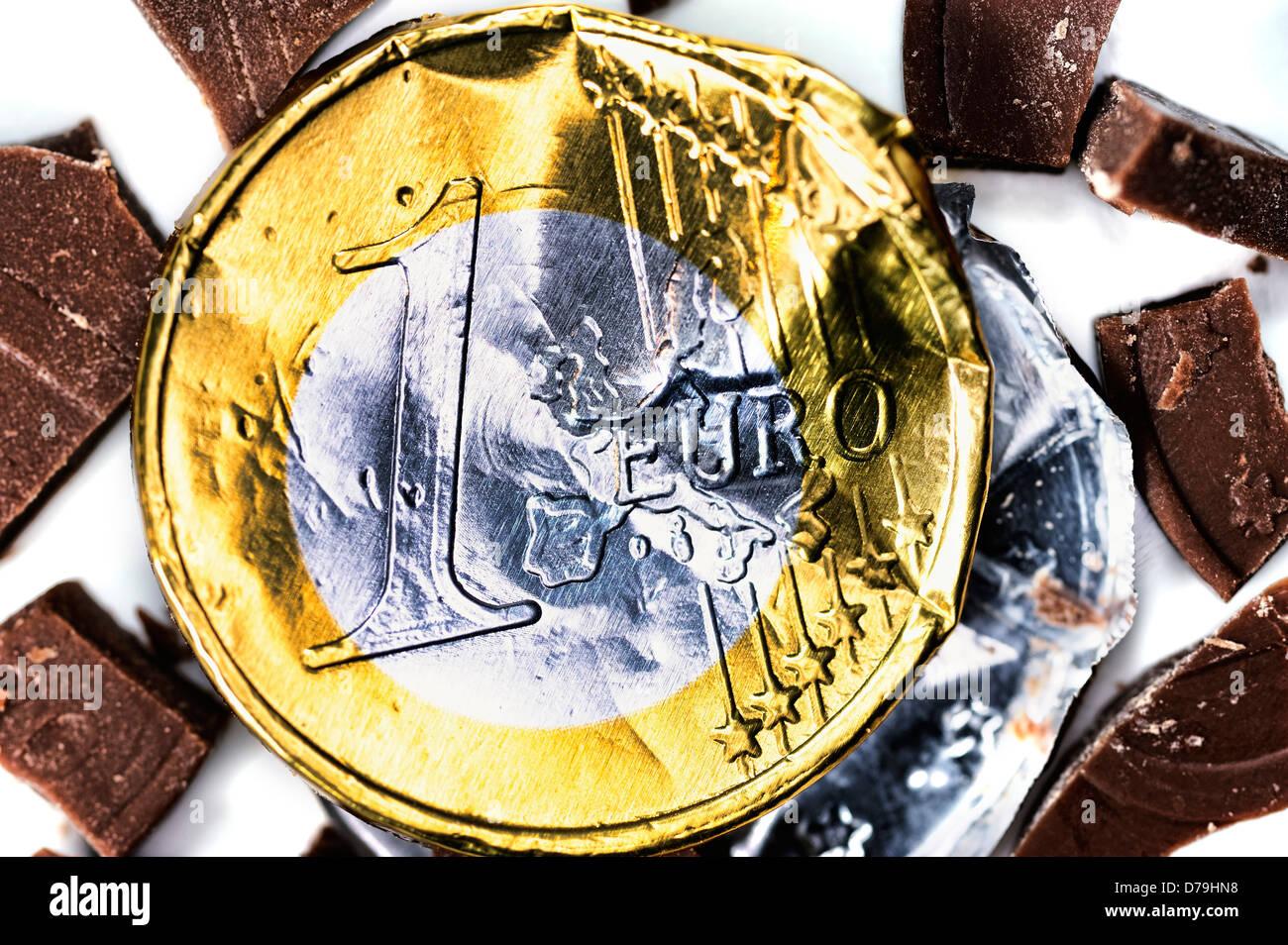Crumpled euro, eurocrisis , Zerknitterter Euro, Eurokrise - Stock Image