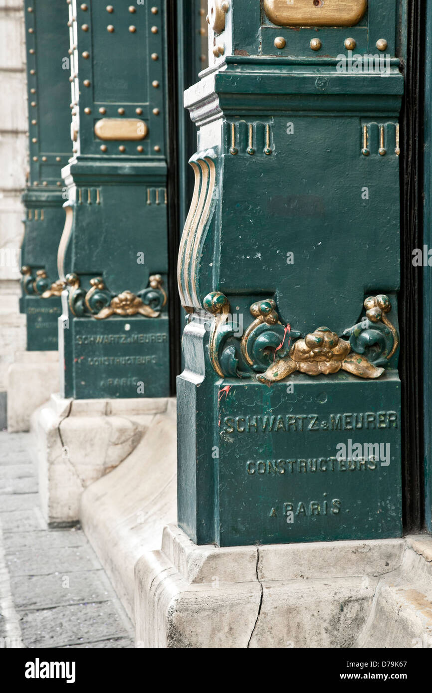 gilded cast iron column base Parisian French manufactured  Porfirian style Edificio de la Ciudad de Mexico Puebla - Stock Image