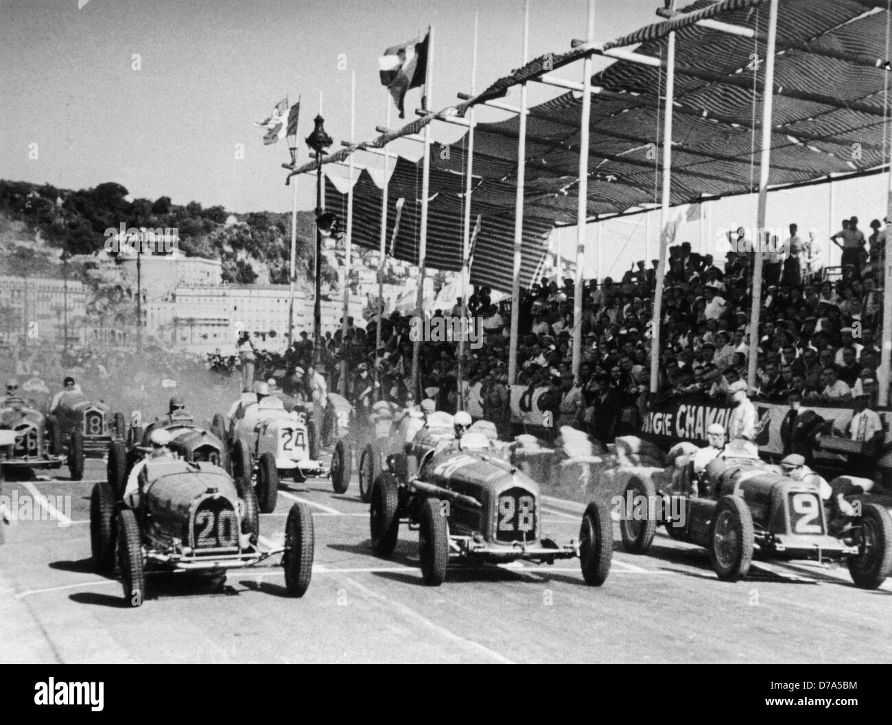 Start of the 1934 Nice Grand Prix with Nuvolari in car number 2, Maserati 8CM - Stock Image
