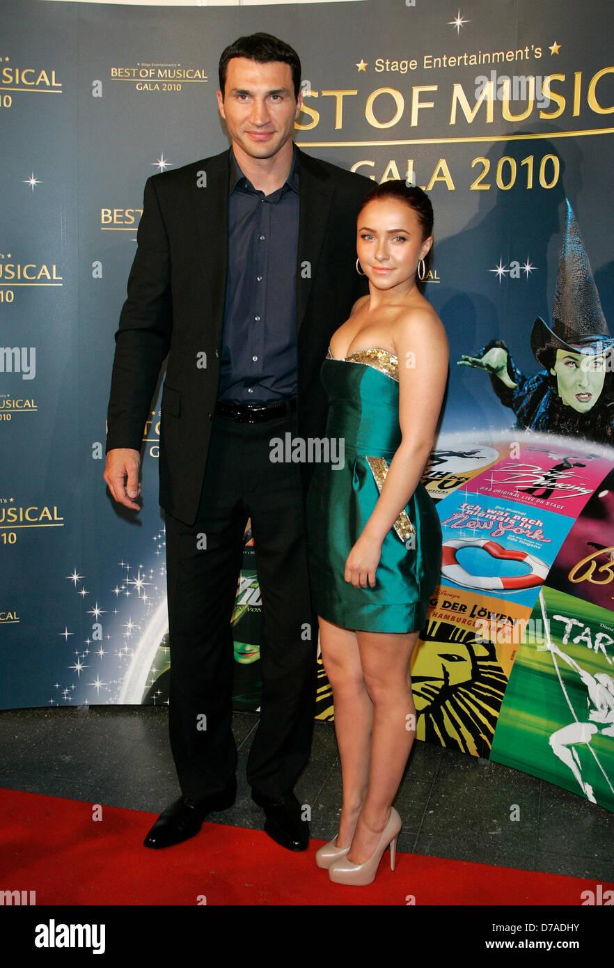 Wladimir Klitschko And His Girlfriend Hayden Panettiere At The Best