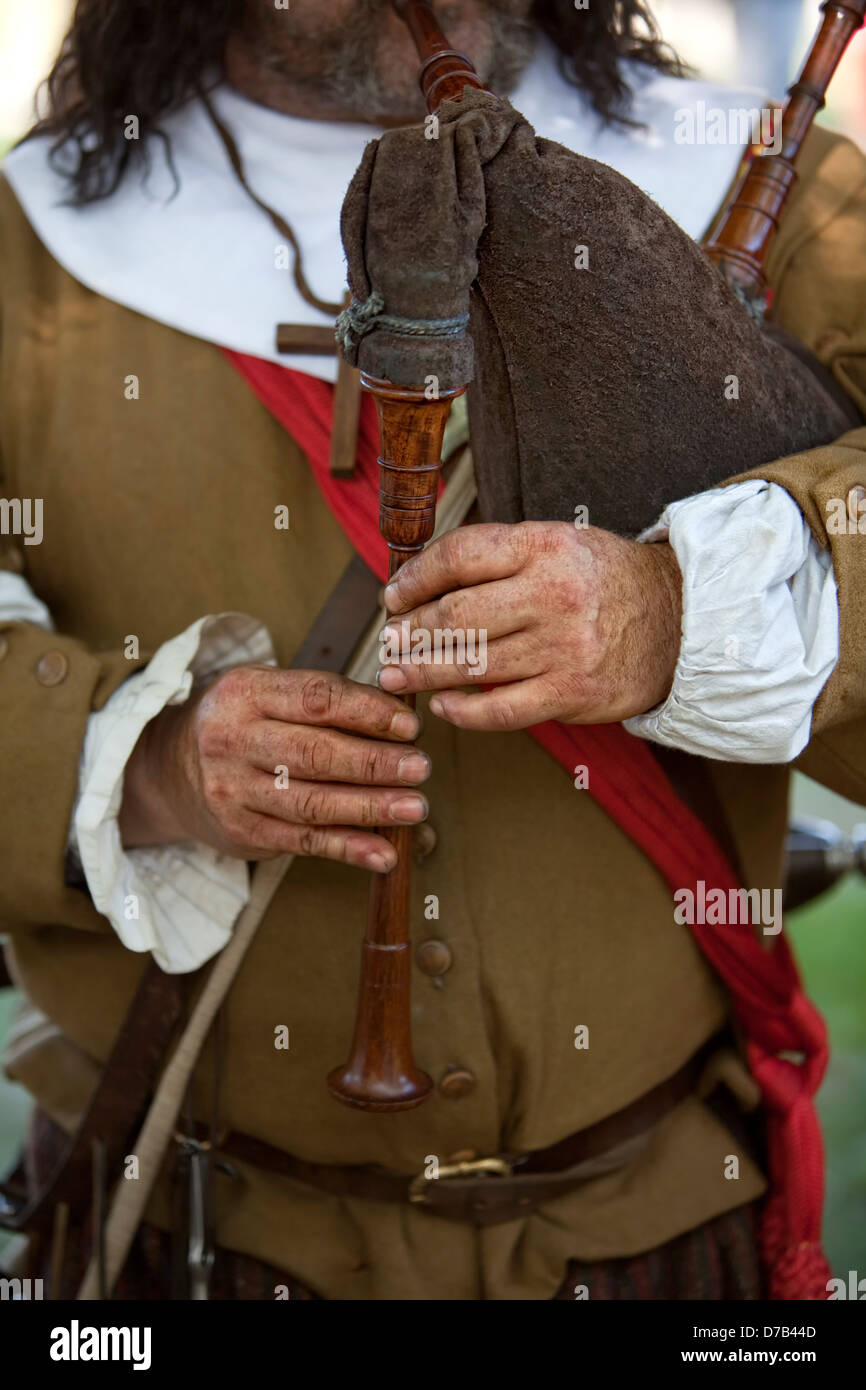 A mediaeval Bagpipe player, live role-playing or ReenLarpment, Kirchberg plateau, Luxembourg City, Europe - Stock Image