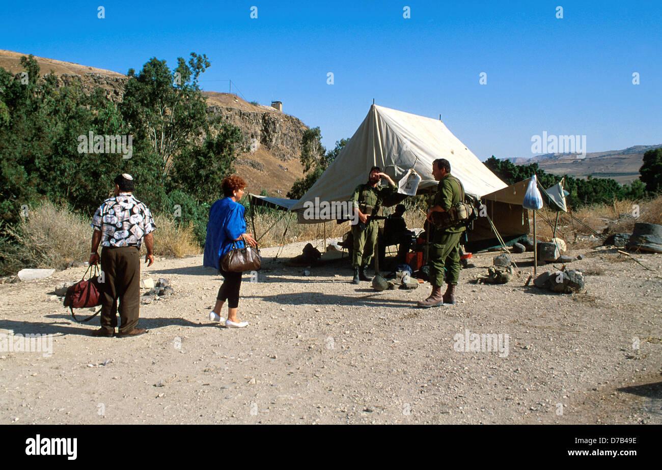 civilians visiting border at hammat gader in the golan - Stock Image