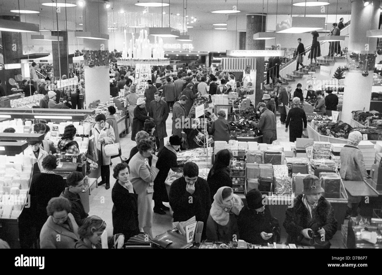 View into a shopping mall in Frankfurt on the 3rd of December in 1963. Stock Photo