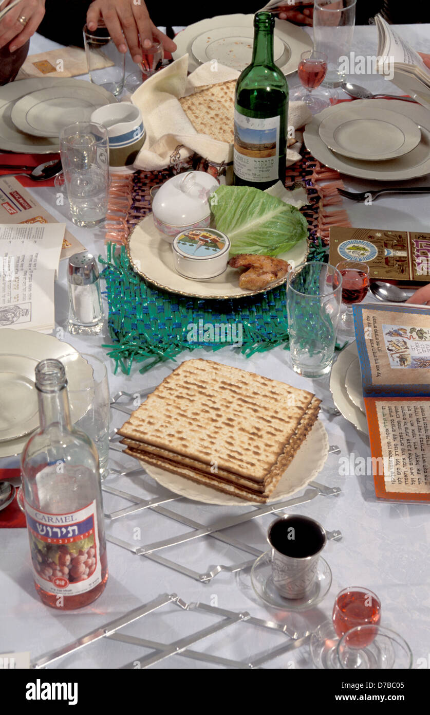 Passover Table ready for Traditional Seder Ritual - Stock Image