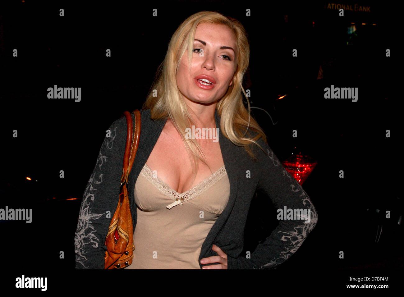 Lindsay Crolius Nude Photos 59