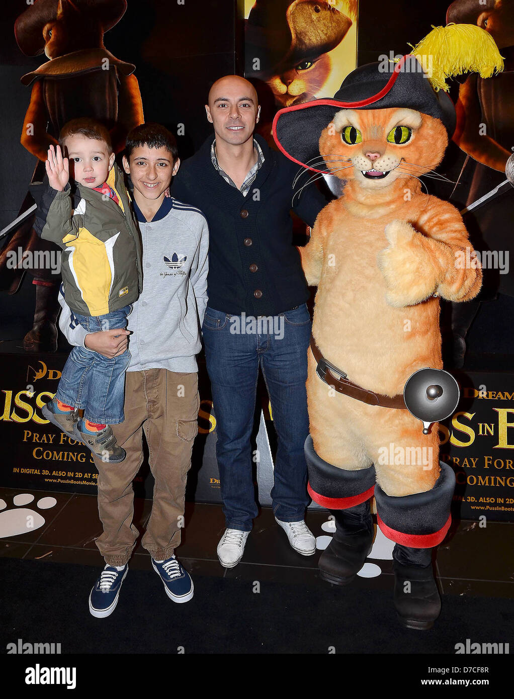 Shannon Shah, Andrew Shah, Ray Shah, at the Irish Premiere of 'Puss In Boots' at The Savoy - Arrivals Dublin, - Stock Image