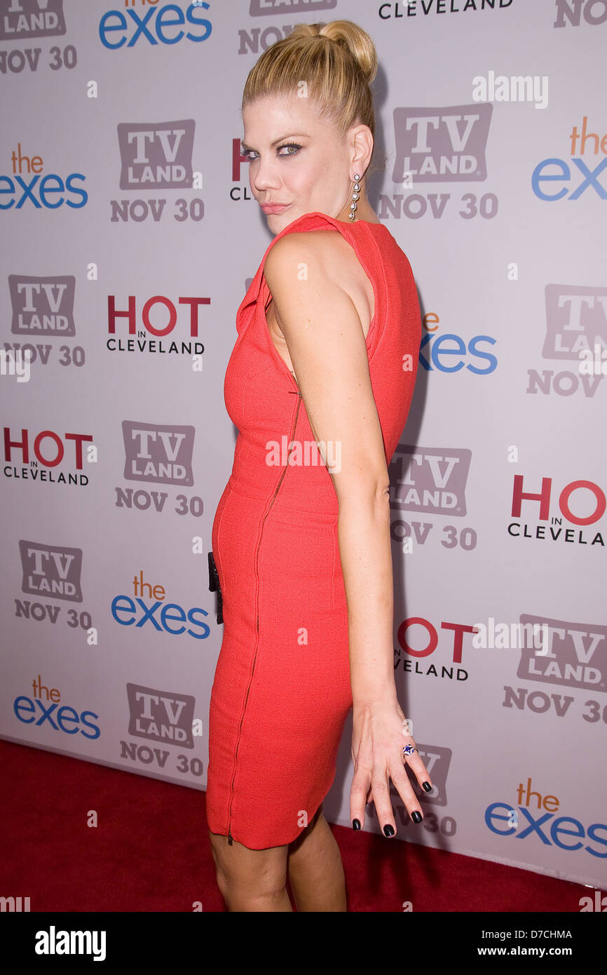 Kristen Johnston Tv Land Holiday Premiere Party For Hot In Stock Photo Alamy