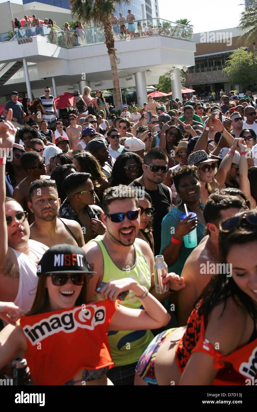 Las Vegas, Nevada, USA. 3rd May 2013. Atmosphere at arrivals for Busta Rhymes Hosts DITCH FRIDAYS, Palms Casino Stock Photo